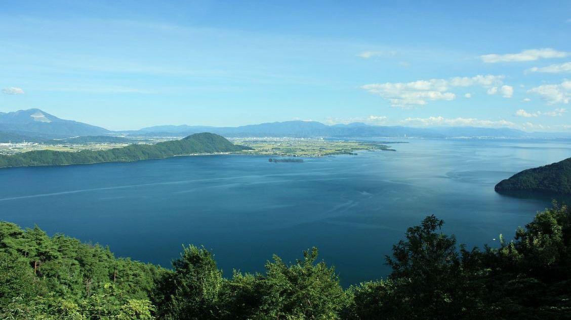 A train trip around Lake Biwa | Nipponderful.com