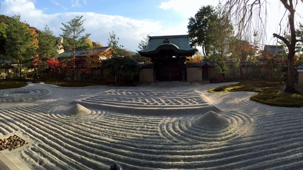 Kodai-ji, raked gravel garden