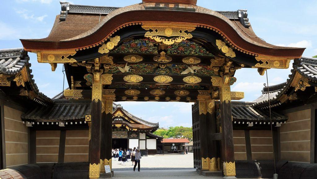 nijo castle kara-mon gate