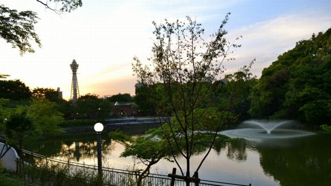 This image has an empty alt attribute; its file name is tennouji-park3-644x362.jpg
