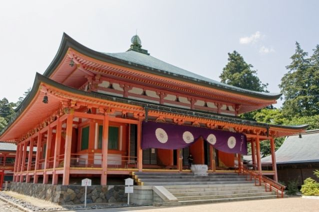 the main hall enryaku-ji