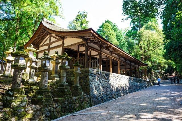 kasuga-taisha sub shrine