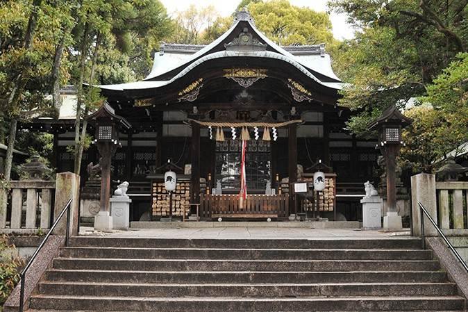 okazaki shrine main hall
