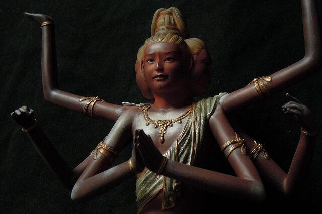 ashura statue