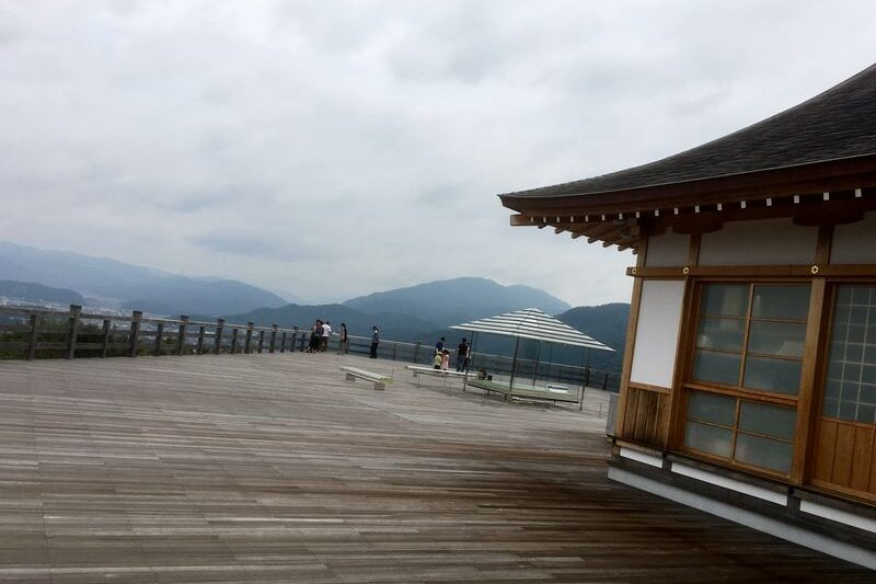 seiryuden wooden deck